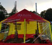 Mobiba pirtis festivalio palapinių miestelyje